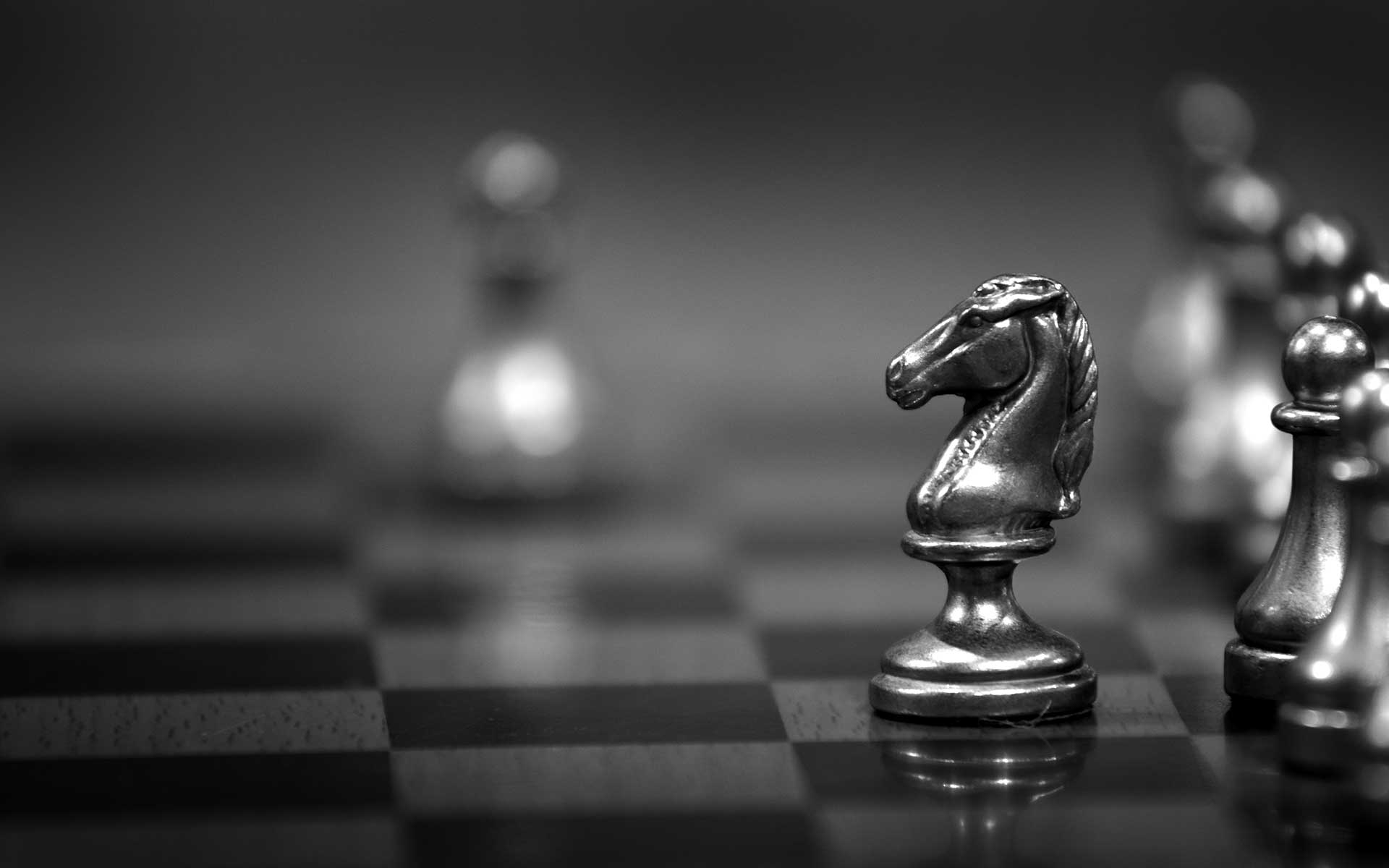 Business strategy as a game of chess